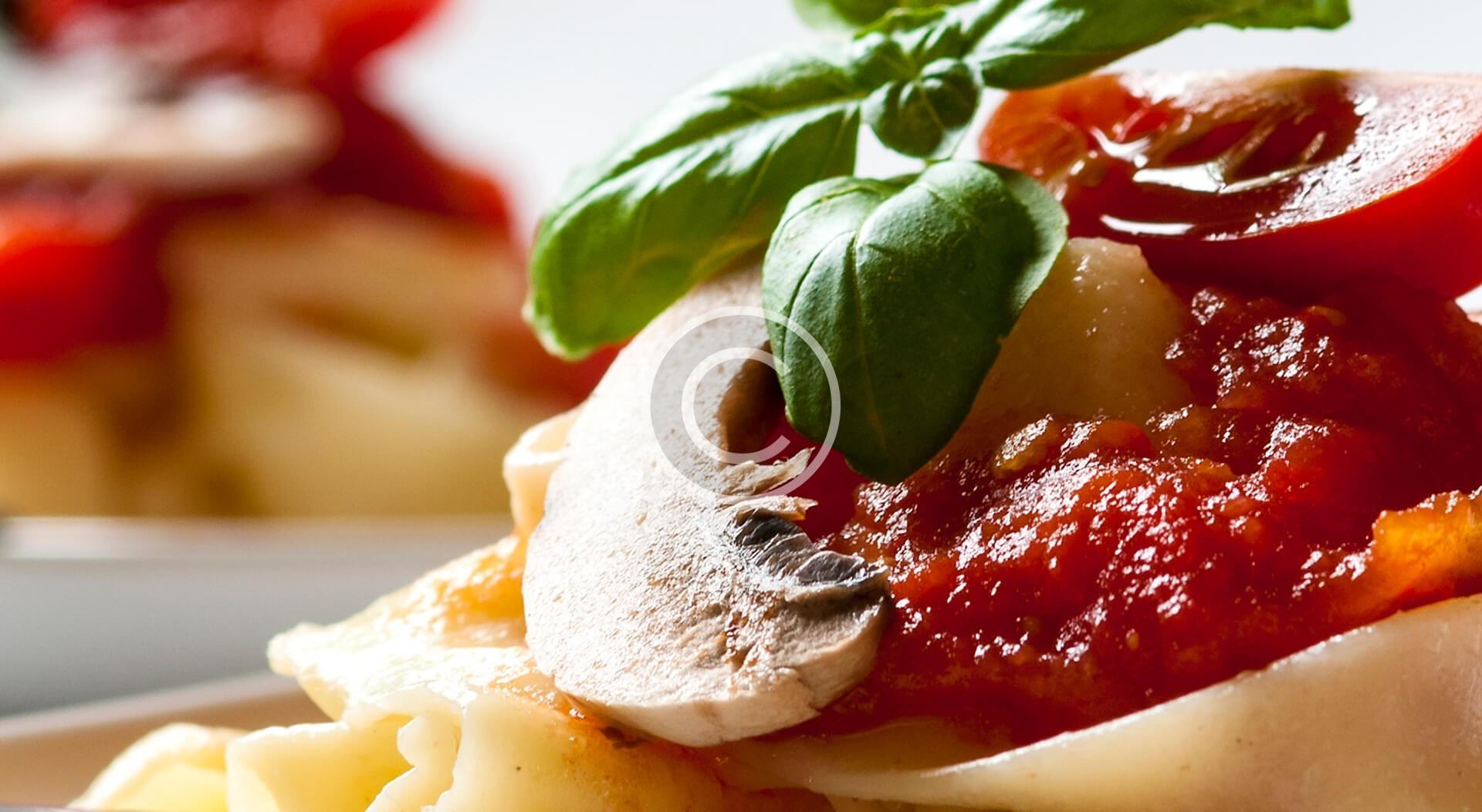 Omelette con Champignons e Prosciutto